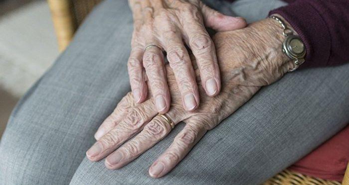 Елордалық 96 жастағы кейуана үш айдан бері ауруханаға жата алмай келеді