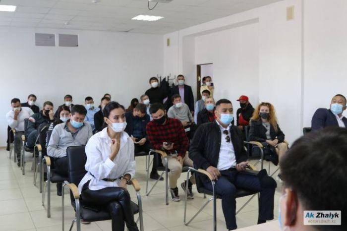Атырау облысының бас санитар дәрігері спортшыларды тыңдап, ойлануға уәде берді