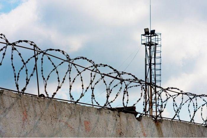 Түрменің ауласына телефон лақтырғандар «Сергек» арқылы ұсталды
