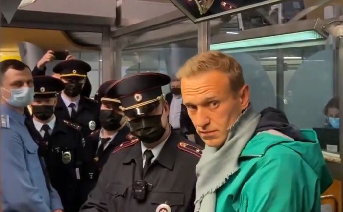 Навальный ресейліктерді көшеге шығуға шақырды