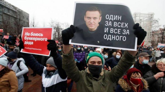 Ресейде Навальныйды қолдаған полицей жұмыстан қуылды