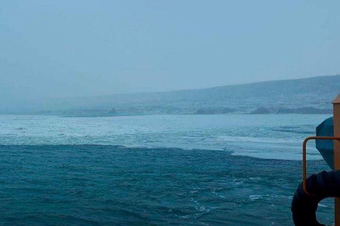 Дауылды жел Маңғыстау облысы портындағы 7 баржаны теңізге ағызып әкетті