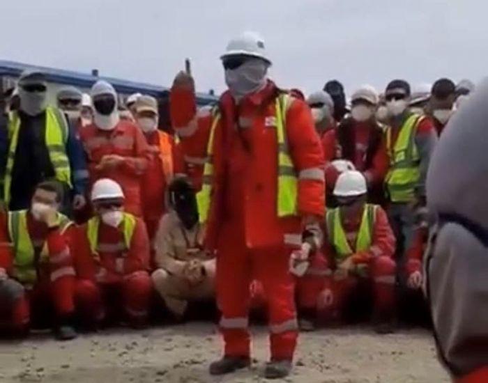 Теңізде «Казстройсервис» жұмысшылары ереуілге шықты