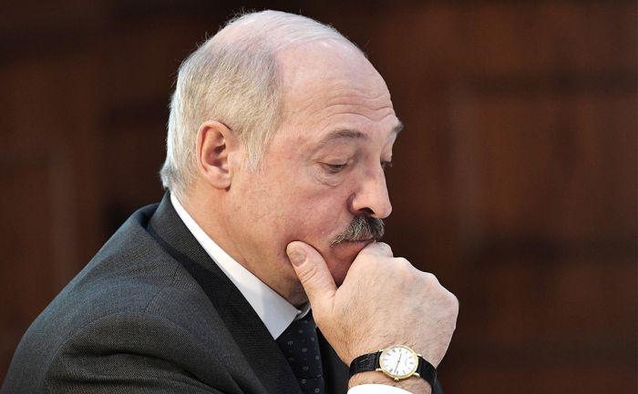 Лукашенко өкілеттігінің бір бөлігін үкіметке берді