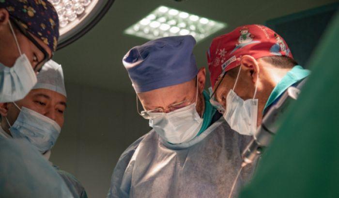 Елордалық дәрігерлер алғаш рет «хрусталь балаларға» операция жасады
