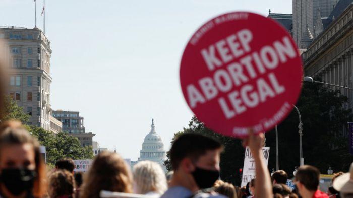 АҚШ соты абортқа тыйым салатын заңды күшінде қалдырды
