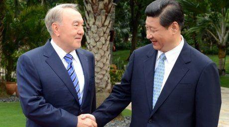 Президент Казахстана Нурсултан Назарбаев и Председатель Китайской Народной Республики Си Цзиньпин. Фото ©akorda.kz,архив