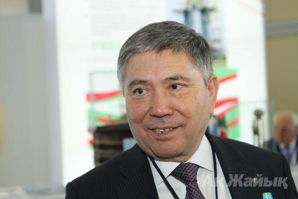 Узакбай КАРАБАЛИН.