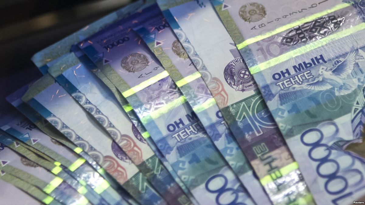 В КазАгро объяснили убытки холдинга: Много занимали в долларах и евро