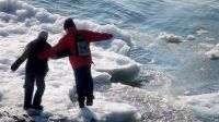 Спасение из ледяной воды