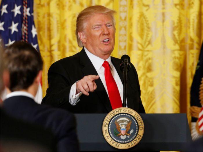 Трамп грозится лишить помощи страны, которые в ООН проголосуют против его решения по Иерусалиму