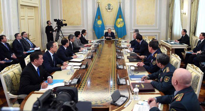 Назарбаев провел заседание Совета безопасности
