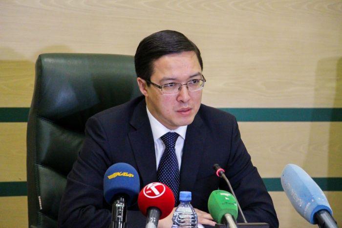 Акишев ответил на критику Назарбаева о воровстве денег народа