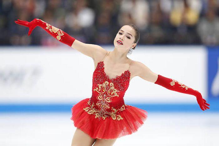 Фигуристка Алина Загитова принесла России первое олимпийское золото Пхенчхана