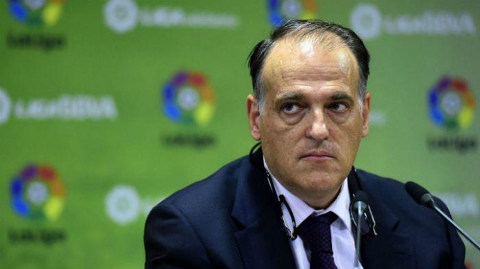 Глава чемпионата Испании призвал не выпускать футбольных фанатов-варваров из России