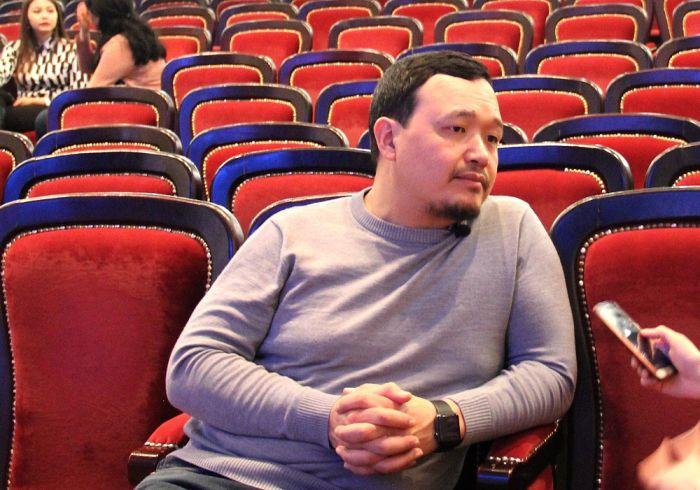 Бауржан Исаев: Певец должен выступать, даже если в зале один зритель