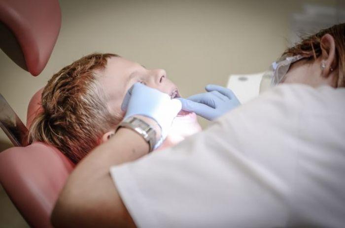 Проверка идет в карагандинской стоматологии после смерти ребенка