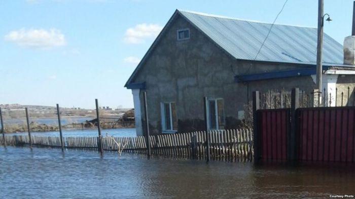 Паводки в Жамбылской области: люди терпят большие убытки