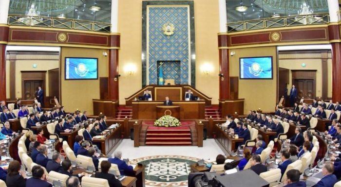 """""""Время подошло"""". Назарбаев предложил новые социальные инициативы"""