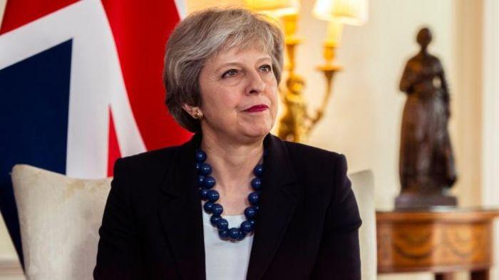 The Times: Мэй потребовала для участия Британии в военной операции в Сирии больше доказательств химатаки