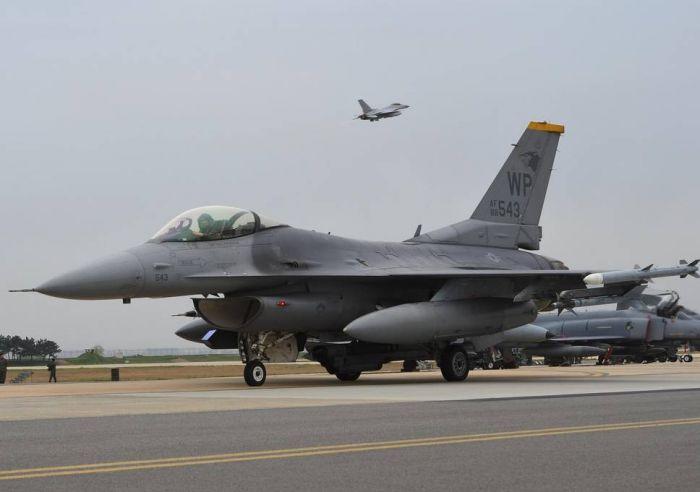 Авиакомпании получили предупреждение о подготовке военного удара по Сирии