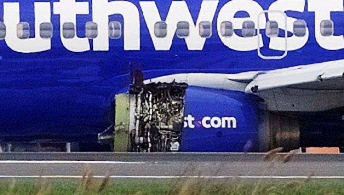 В США при экстренной посадке самолета погиб человек