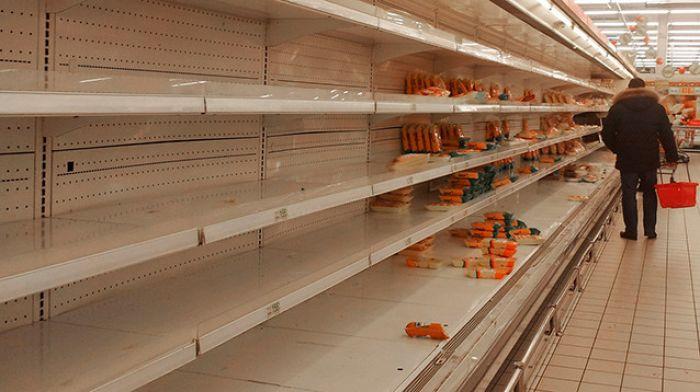 Производители и продавцы предупреждают о возможном дефиците еды во время ЧМ-2018