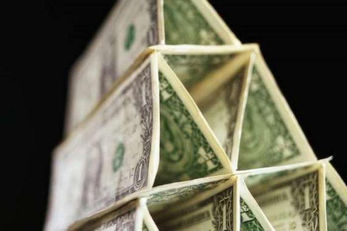 Полиция Казахстана расследует дело о новой финансовой пирамиде