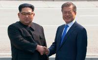 Лидеры двух Корей начали переговоры в демилитаризованной зоне