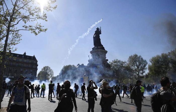 """""""Желтые жилеты"""" не смогли реализовать ультиматум властям Франции"""