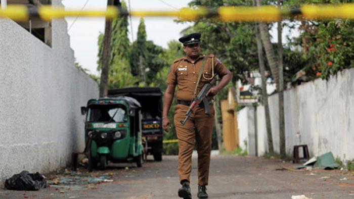 В Шри-Ланке ввели комендантский час и заблокировали соцсети