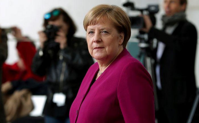 Меркель заявила о неприменимости в Европе послевоенных порядков