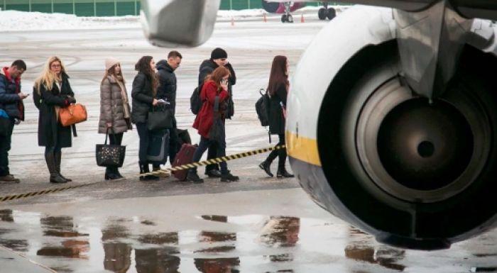 Более 8 тысяч казахстанцев покинули страну с начала года