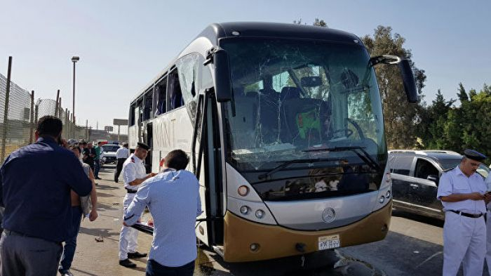 В Каире прогремел взрыв возле туристического автобуса