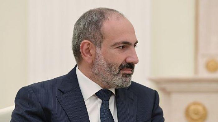 В Армении протестующие по призыву Пашиняна блокируют входы в здания судов