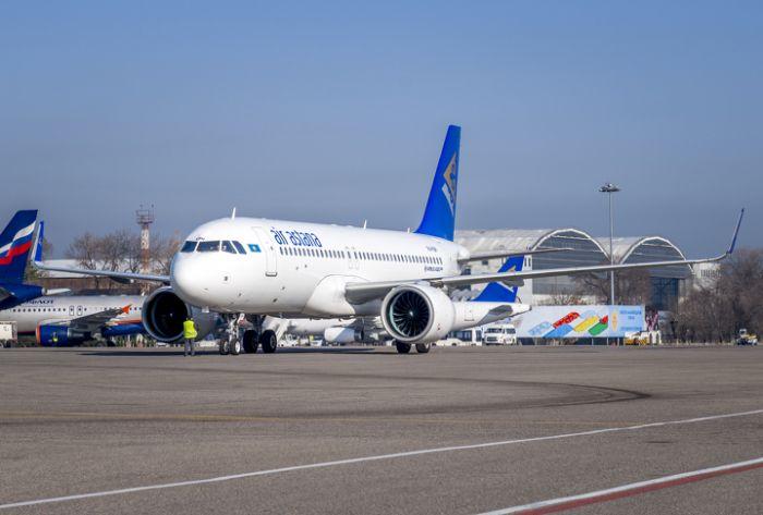 Эйр Астана: Самолёт вернулся в Нур-Султан из-за неисправности двигателя