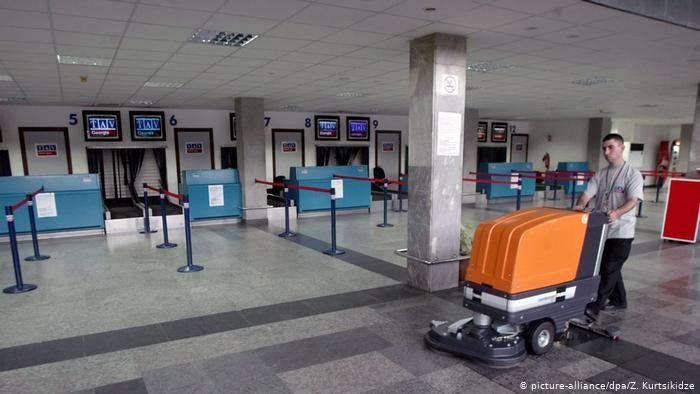 Путин временно приостановил перелеты из России в Грузию