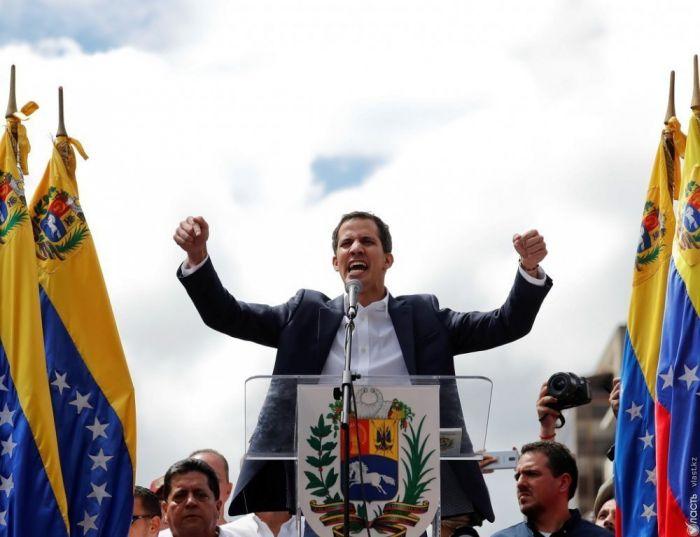 Оппозиция возобновляет переговоры с властями Венесуэлы