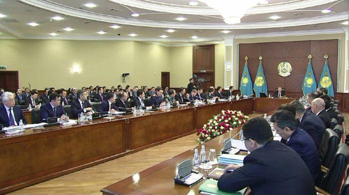 Токаев впервые проведет расширенное заседание правительства