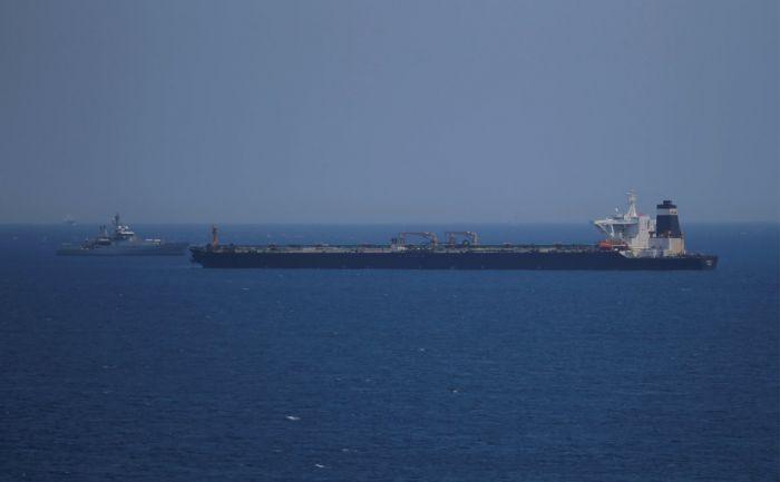 В США заявили о попытке кораблей Ирана остановить британский танкер