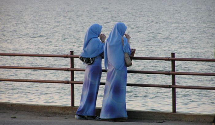 Назарбаев против ношения в Казахстане хиджаба