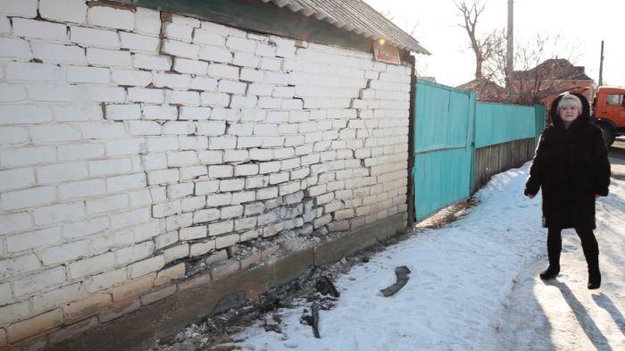 15-летняя девочка въехала в частный дом в Уральске, будучи пьяной и под действием наркотиков