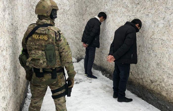 КНБ сообщил о задержании в Алмате двух экстремистов, планировавших теракты