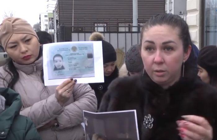 В Атырау мошенница пачками открывала частные садики-«однодневки»