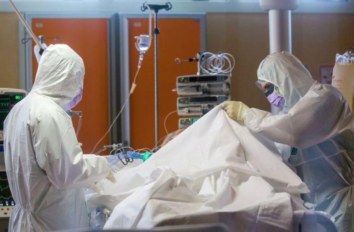 В Италии за сутки от коронавируса умерли 969 человек
