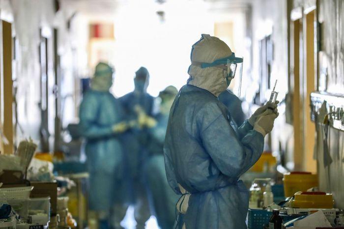 У членов семьи умершего астанчанина диагностировали коронавирус