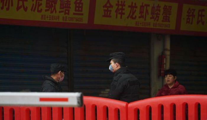 В Китае смертоносные коронавирусы изучали в лаборатории возле рынка животных в Ухане