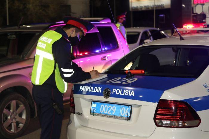 Таксисты, Шарапов, тираны и пьяные дамы