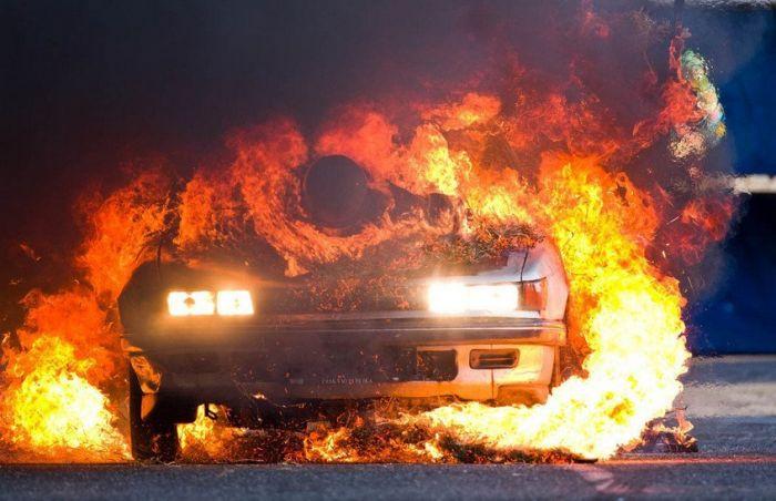   Машины сгорают за считанные минуты