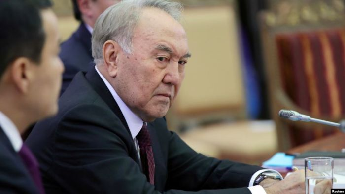 «Забвение для Назарбаева», или Участь экс-президентов». «Медицинская халатность влияет на градус недовольства в обществе». «Казахстан накрыла волна пневмонии»